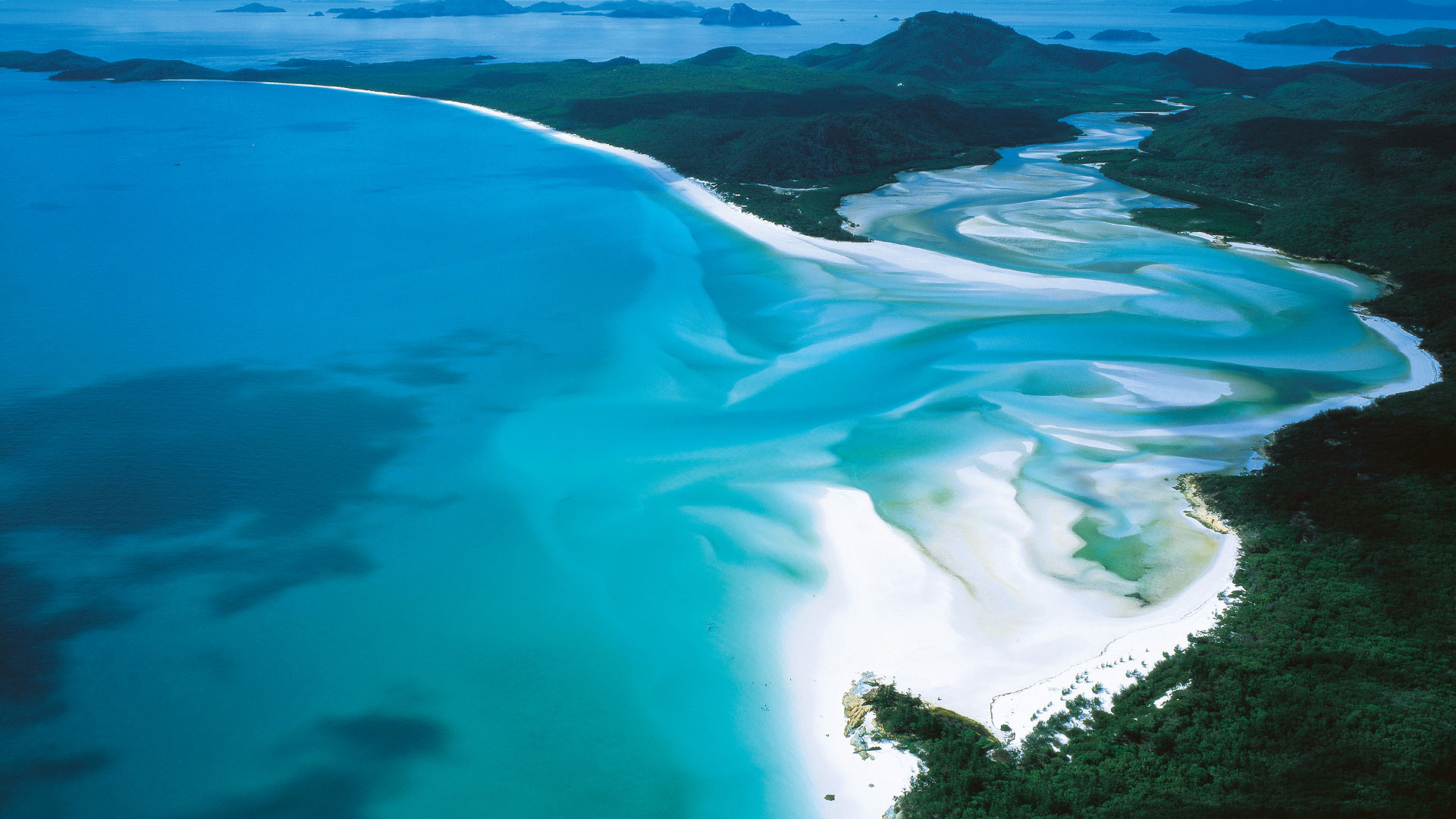 http://hdwallsize.com/wallpaperhd/landscape-beach-sdyney-australia-wallpaper.html